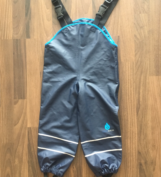 The Greenwich Mummy Blog | Dry Kids Childrens Waterproof Dungarees Review