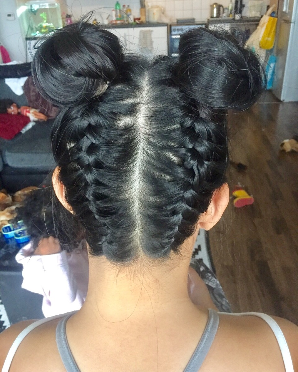 Review: reverse braided buns with Annie's Hair Boutique